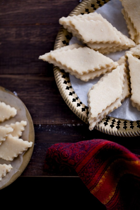Sinfully Spicy - Kaju Katli , Vegan & Gluten free Cashew Thins #diwali #indian