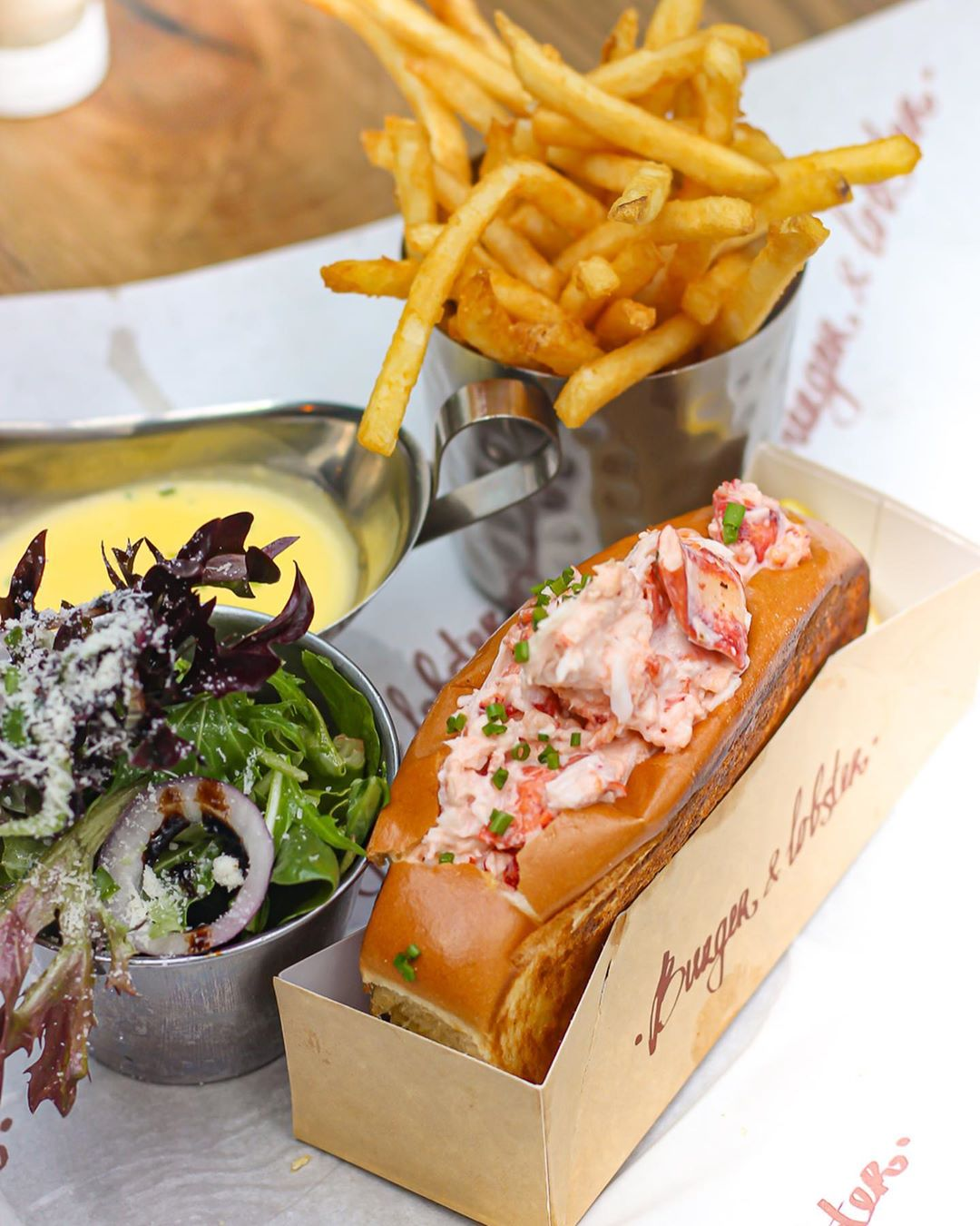 burger & lobster's second outlet
