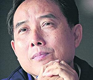 Even though he was convicted of corruption, Zheng Qingjin was surprisingly re-hired by the SBA as its technical director. Picture from www.straitstimes.com