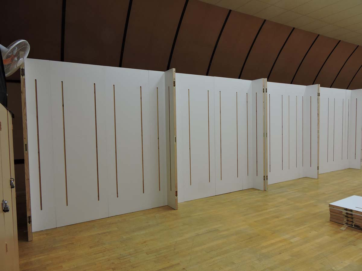 35 Feet Of Lightweight Trade Show Booth Panels With Cam