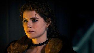 Jessie Buckley als Lorna