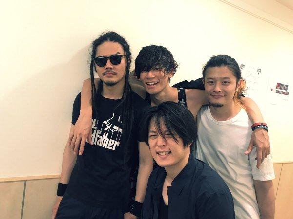 ALEXANDROSのツアー・LIVEの売り上げは◯億円!?