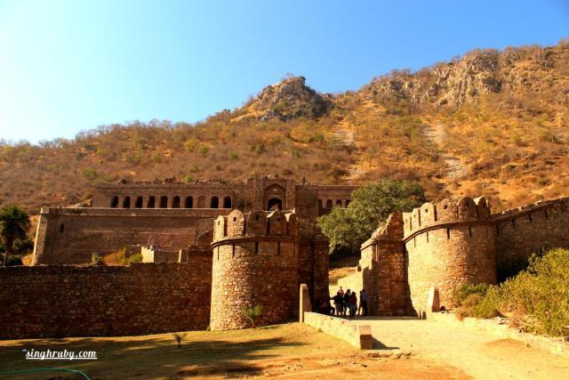 Entrance Bhangarh Fort