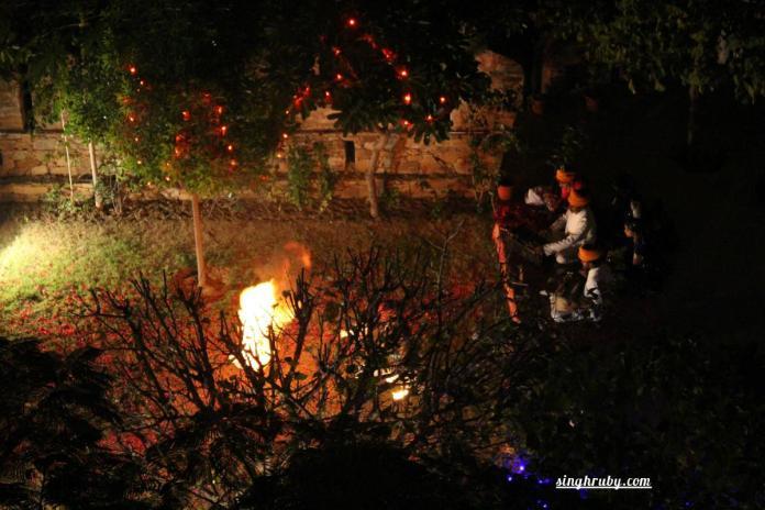 Stunts during Rajasthani Folk dance at Dadhikar Fort