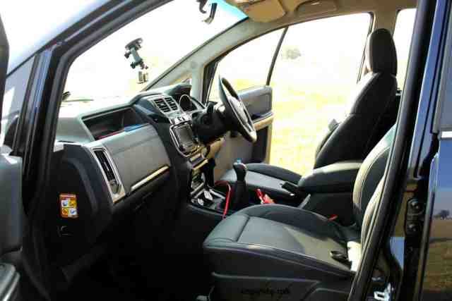 first-look-of-the-interiors-of-tata-hexa