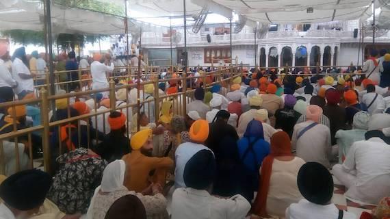 Sangat-at-Akal-Takht-Sahib-6-June-2017