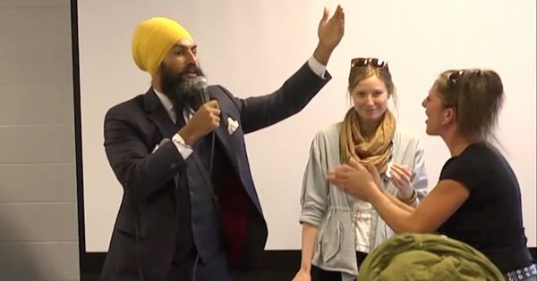 Sikh politician brilliantly responds to heckler who confuses him for a Muslim