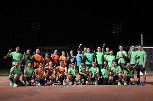 A number of bloggers tried and tested the speed and stability of Nike Air Zoom Structure 19 at UMAK Track and Oval Field