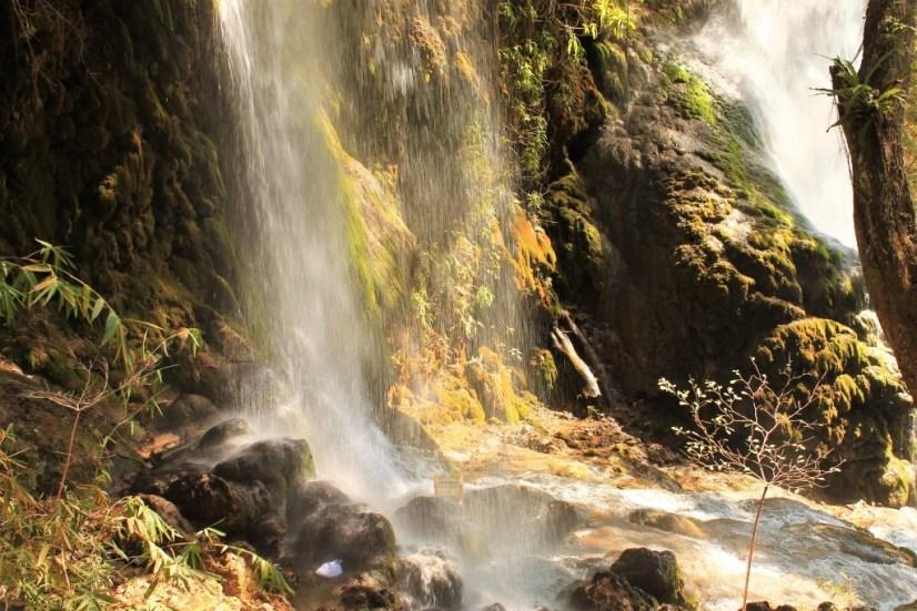 haiti waterfall mist
