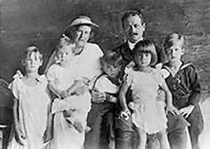Agatha and Georg with 5 of their children
