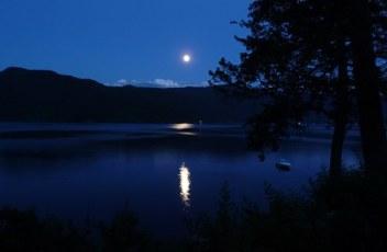 moon-65957__340
