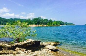 lake-ouachita-2680398__340