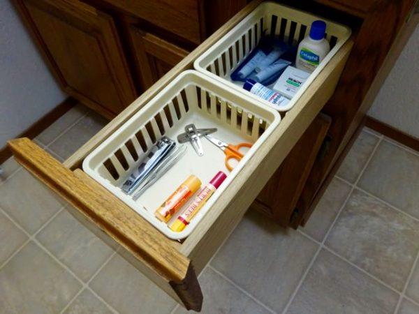 Bathroom storage baskets