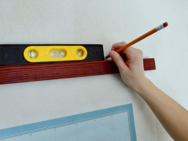 Hanging a schoolroom-style map