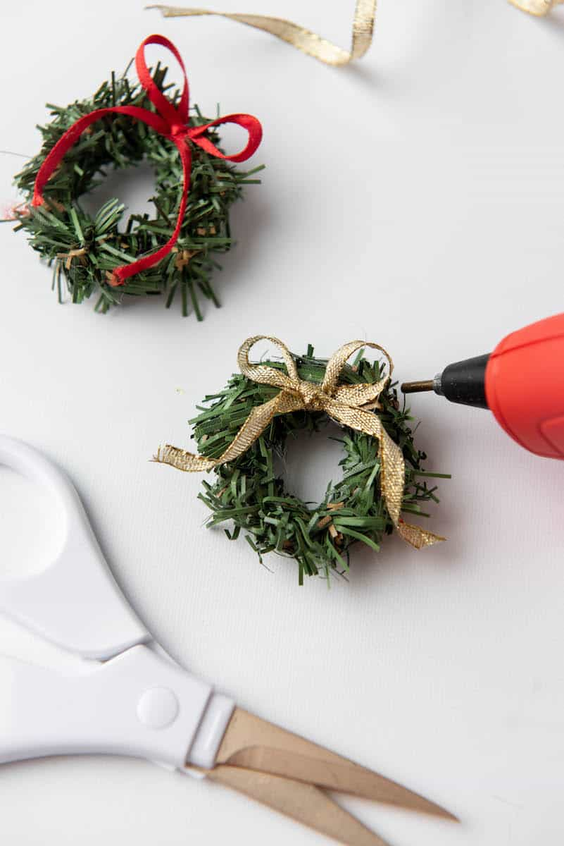 small wreath crafts with bows