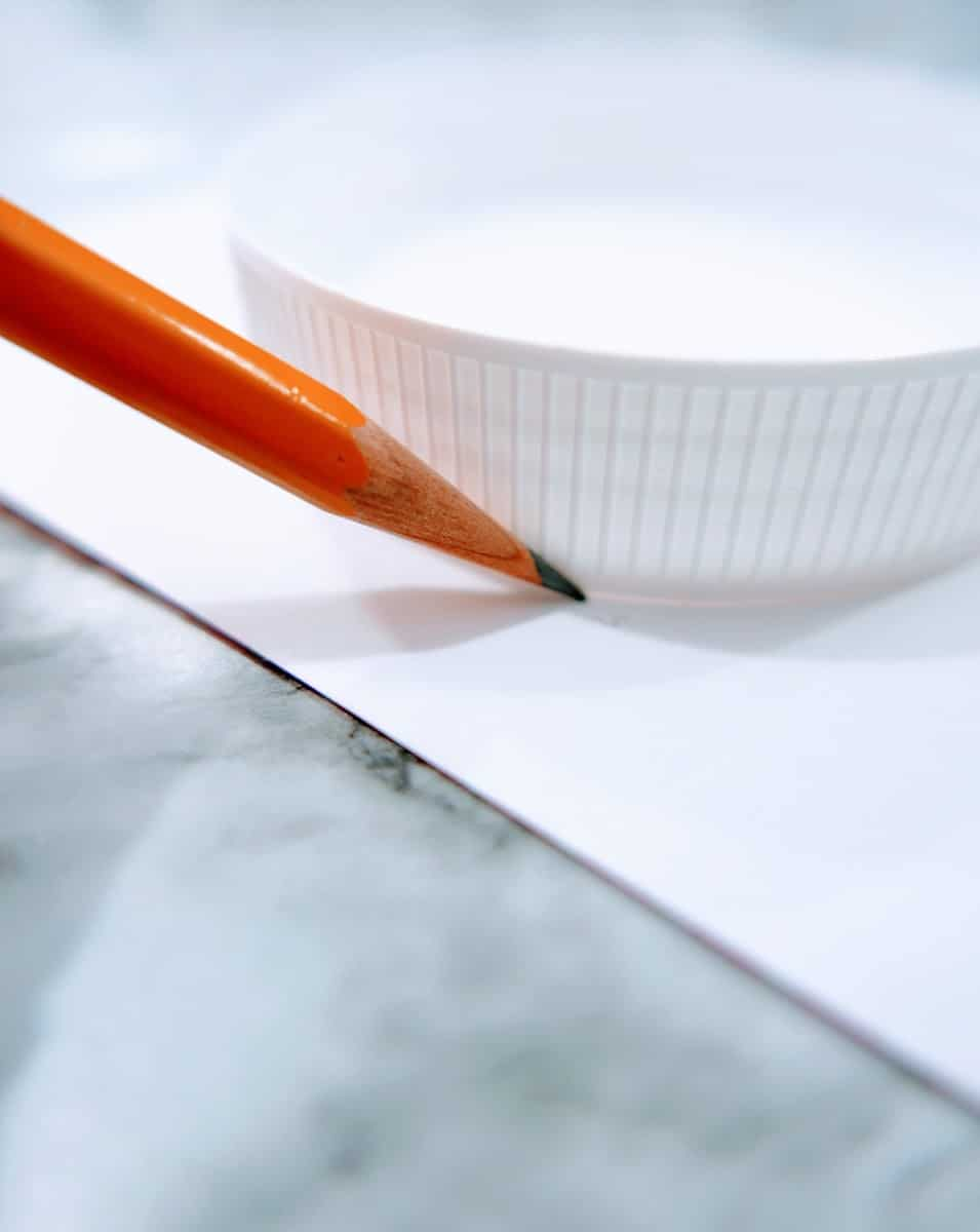Tracing Circle with Pencil