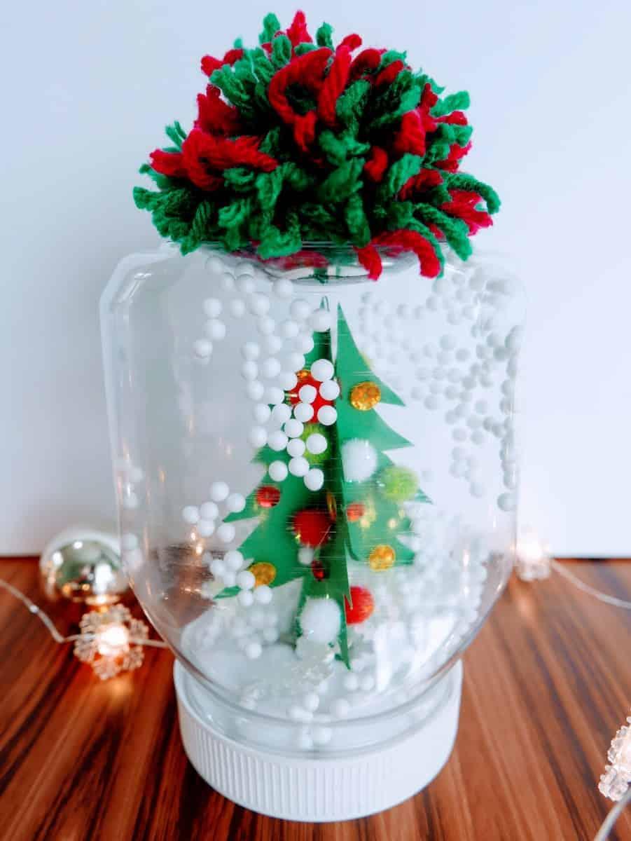 Waterless Snow Globe Craft and Christmas Decor