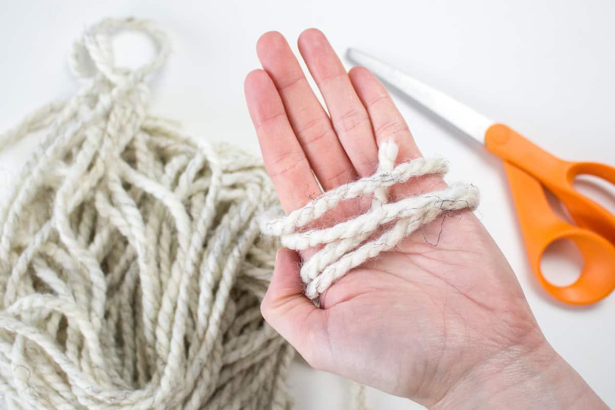 Cutting Yarn for Craft