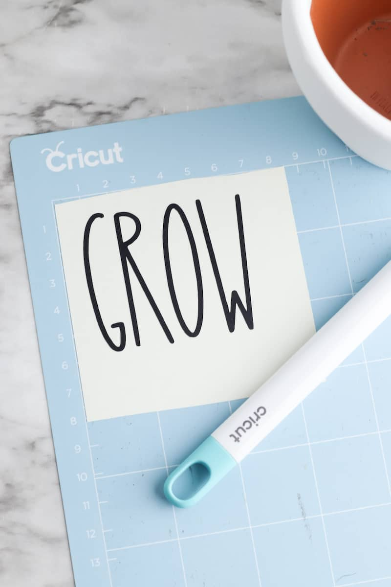 Grow Vinyl Letters on Cricut Mat