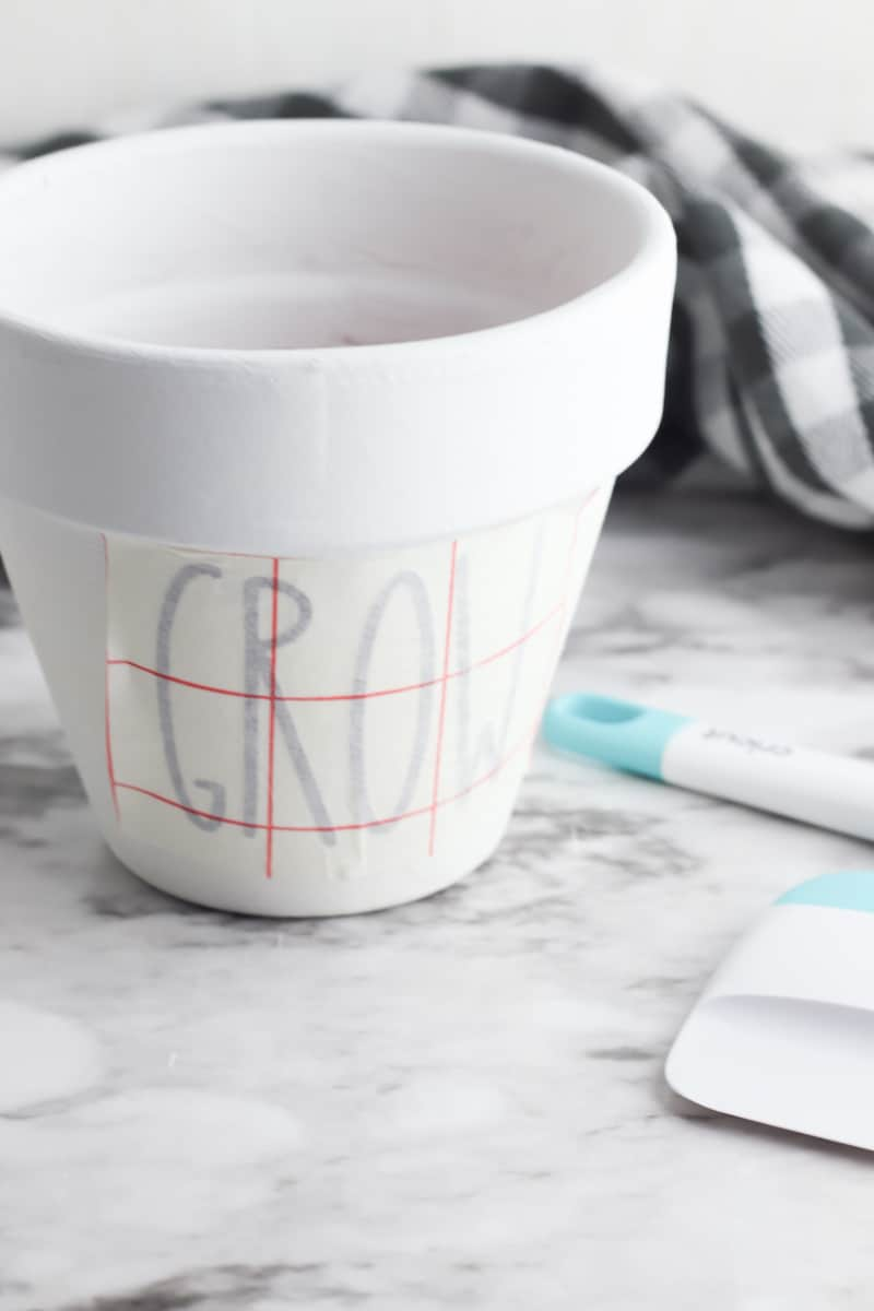 White Painted Planter Pot with Grow Letter on Transfer Paper