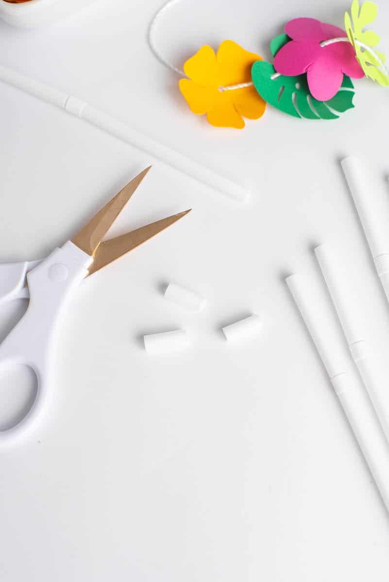 cutting straws for lei craft