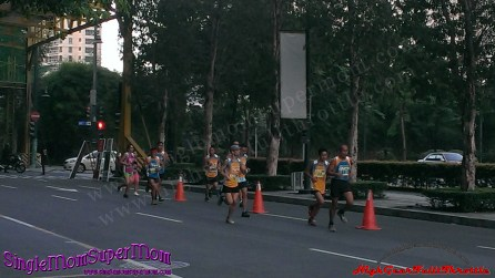 Robinsons Supermarket's 7th Fit and Fun Wellness Buddy Run 3k runners