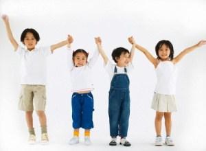 cho trẻ em tập thể dục điều độ