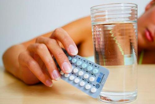 """Thuốc ngừa thai khẩn cấp 120h được coi là """"cứu cánh"""" cho chị em phụ nữ trong những trường hợp đặc biệt, không kịp phòng bị."""