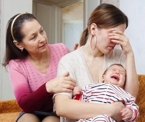 Nỗi niềm phụ nữ vượt qua trầm cảm sau sinh 1 mình