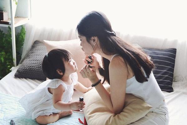 Cảm ơn mẹ vì đã là mẹ của con! Một mình mẹ vất vả nuôi con khôn lớn!