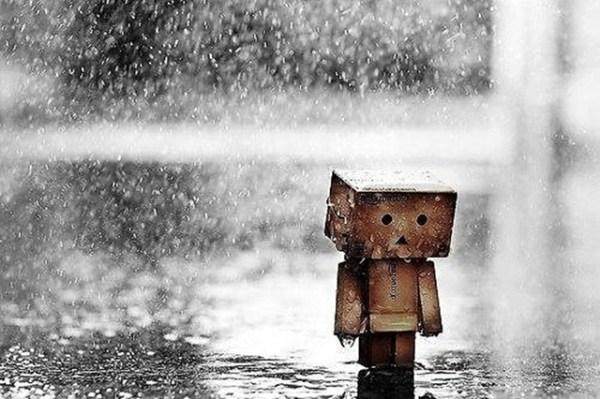 Tại sao cứ sống mãi trong nỗi đau quá khứ?