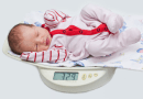 Cân nặng trẻ 4 tháng tuổi bao nhiêu là vừa?