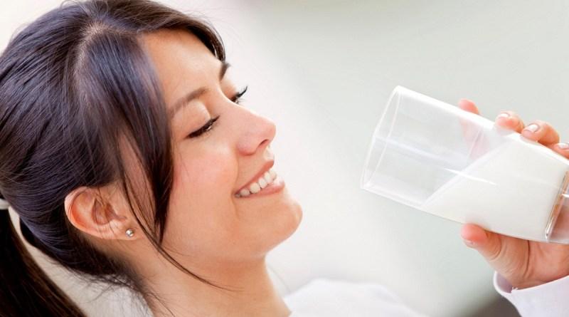 Mang thai 3 tháng đầu nên uống sữa gì?