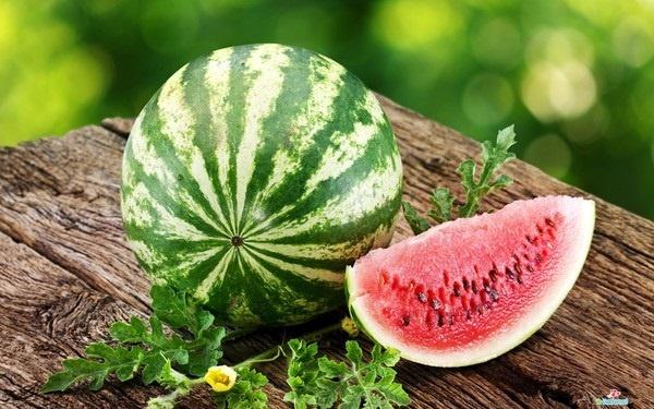 Có bầu ăn gì: Những thực phẩm giải nhiệt mùa hè cực tốt cho bà bầu