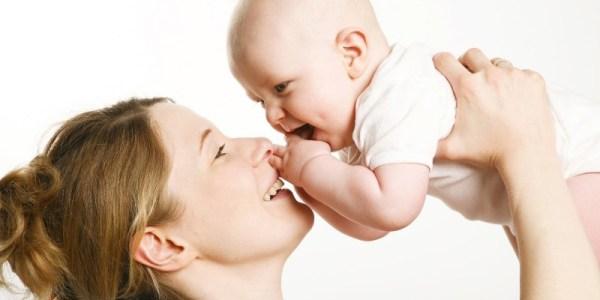Phân biệt tình trạng quá tải và bất dung nạp lactose trong sữa mẹ