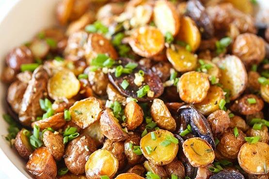 Crispy roasted potatoes . Crispy roasted herb potatoes