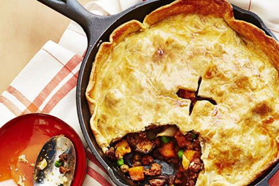 Best comfort food recipes . Beef and Stout Skillet Pie