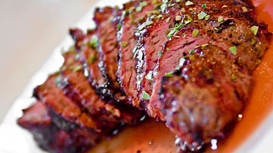 Barbecue Shoulder Steak Skillet