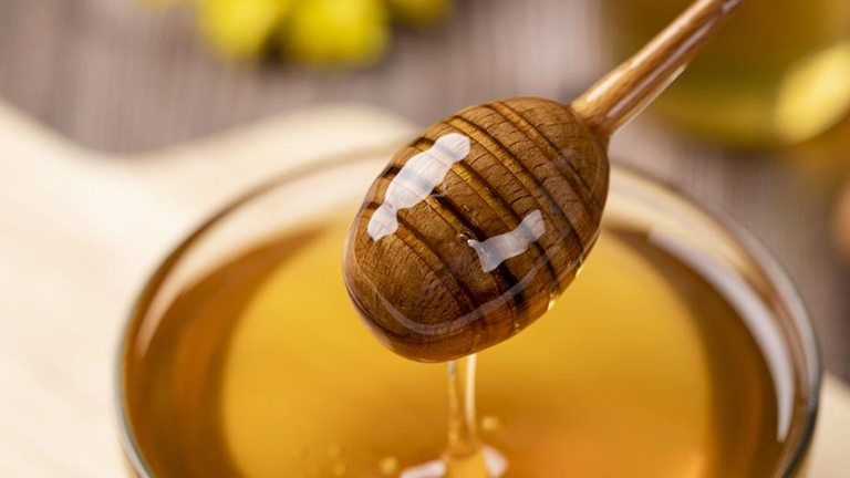 Honey Nutritional Value and 9 Health Benefits