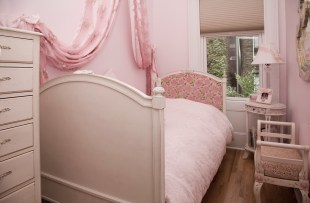 1111 Bloomfield pink br