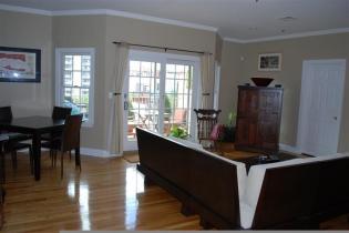 215 Grand #4F Living Room 2