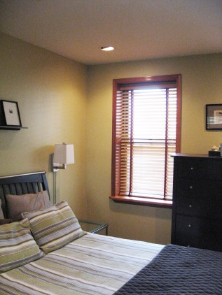 123 Willow Ave 1 - bedroom