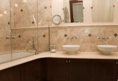 1009 Bloomfield St - bath 2