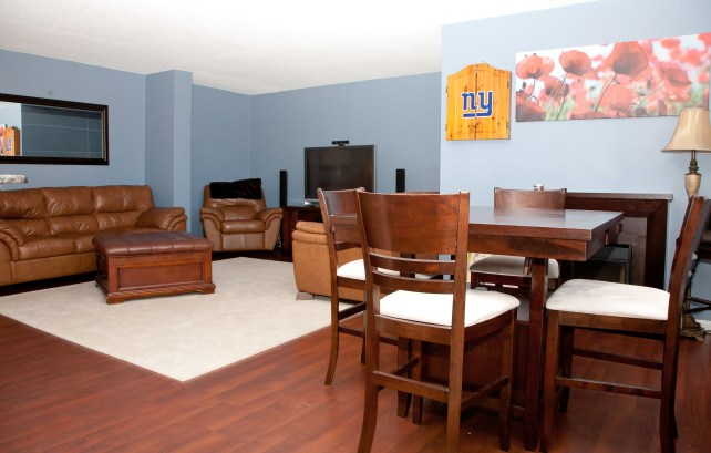 The Doric 12th fl - living room