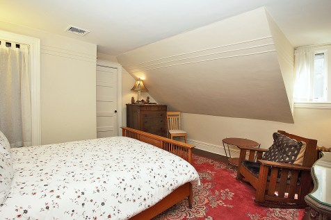 926 Castle Point Terrace - apt bedroom