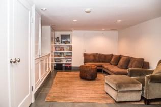 1249 Garden St - basement