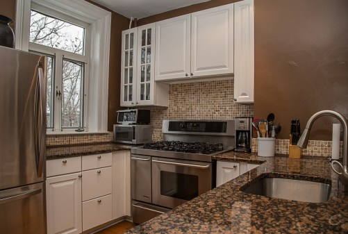 929 Garden St #4R - kitchen