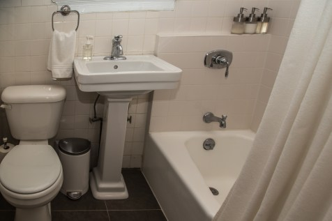 1009 Willow Avenue #2R - bathroom
