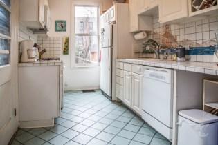 1212 Garden St - kitchen