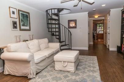 209 8th St #1 - living room